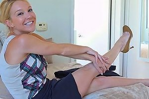Propertysex Hot Southern Milf Real Estate Agent Gets Creampie